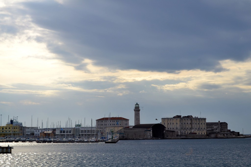 Trieste faro