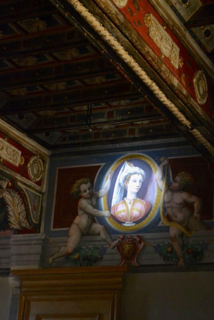 15.Lagnasco-Medaglioni Dame